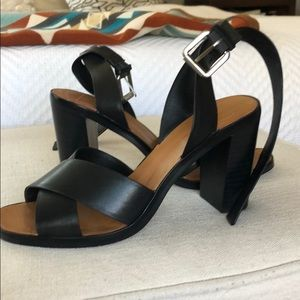 Dolce vita black strappy it sandal